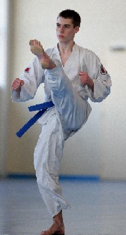 Erwan en ap tchagui, 2ème junior en individuel.