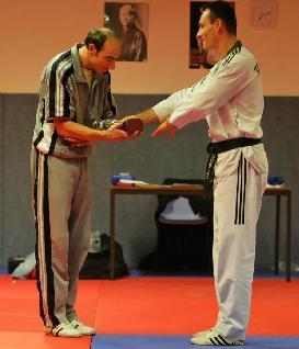 Eric et Christophe, trophé de l'amitié entre les deux clubs.
