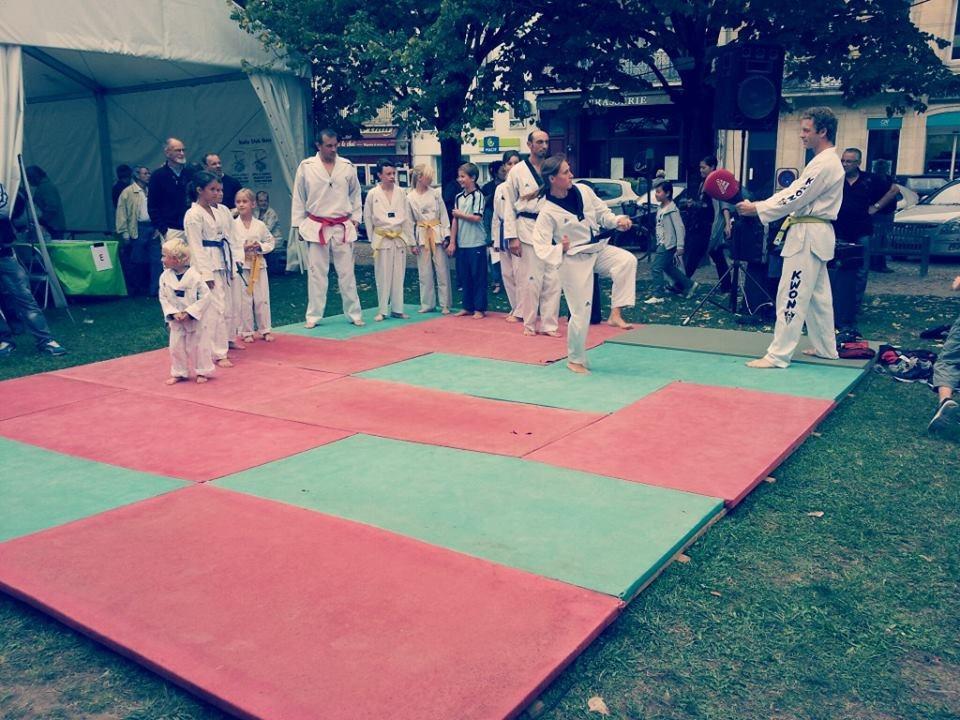 Démonstration-taekwondo-forum-libourne