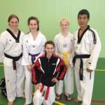 L'équipe Technique des filles avec Maitre Lee Won Sik, directeur technique National traditionnel.